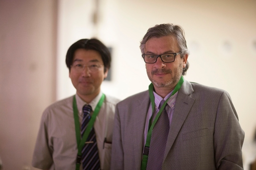 Satosi Uchida and JB at HOPV 13 Conference